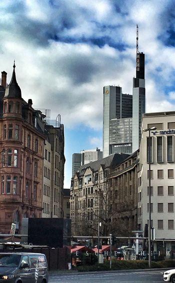 Frankfurt Am Main Mainhattan Skyline Wolkenkratzer Skyscraper Commerzbank Commerzbank Tower Cloudy