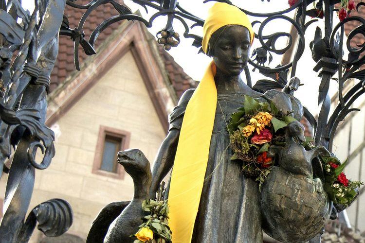 Ganseliesel Statue in Göttingen, Lower Saxony, Germany Eyeem Market EyeEmBestPics Germany Goettingen Bestoftheday Göttingen Oh Göttingen Statue Oldtown Hello World Lower Saxony