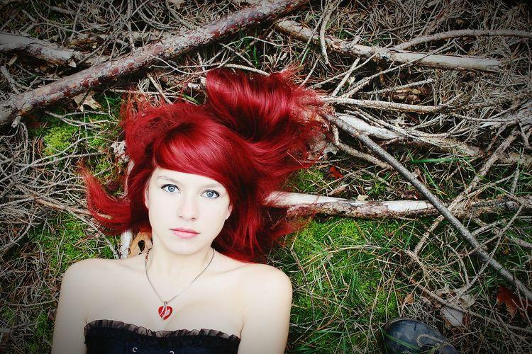 Me Redhead Fotografie Schönen Tag Hübsch Wald Amazing Nah Red Fotoshooting Model Professionalphotography Fotografia Herbst Taking Photos Fotography Tree Dreamer Fun