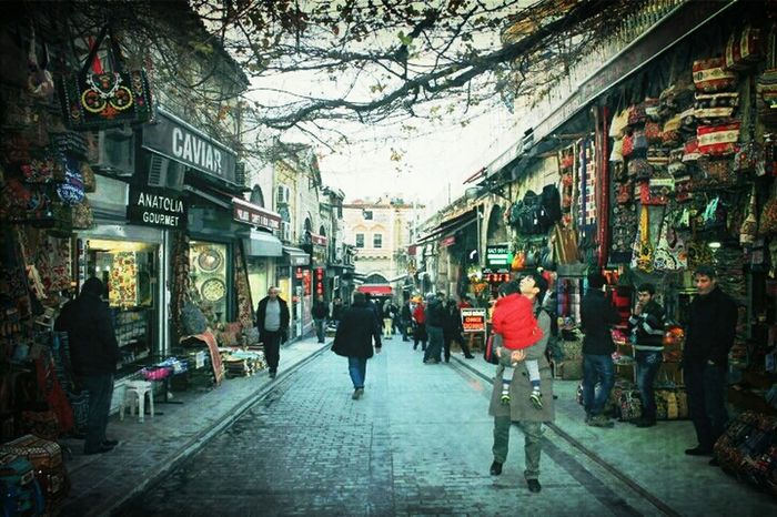 Grand Bazaar Shopping Istanbul Türkiye Human Interest Streetphotograpy Traveling