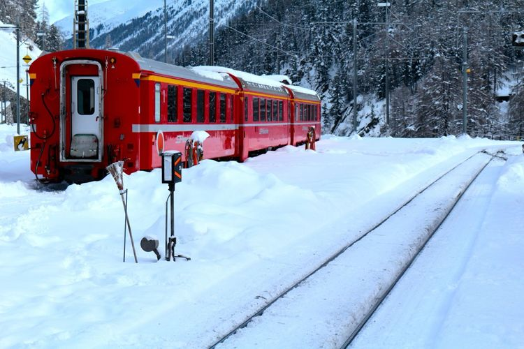 Bernina Bernina Express Bernina Glacier Bernina Pass Bernina Train Berninaexpress Cold Temperature Nature Outdoors Public Transportation Rail Transportation Railway Red Sanktmoritz Scenics Sky Snow Snowing Steam Train Swiss Train - Vehicle Transportation Travel White Color Winter