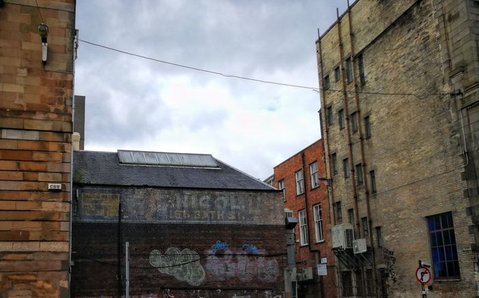 Architecture Building Exterior Sky Cloud - Sky Built Structure Outdoors Day No People Ghost Signs  Graffiti