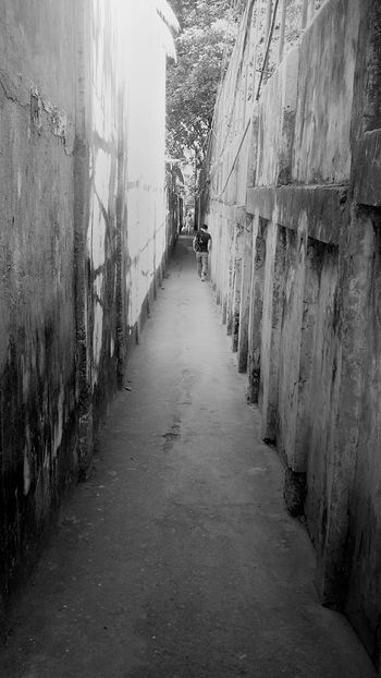I hate to see you walk away.. Missinghim Comebackhome Lovelovelove Black & White Cebu City Philippines First Eyeem Photo