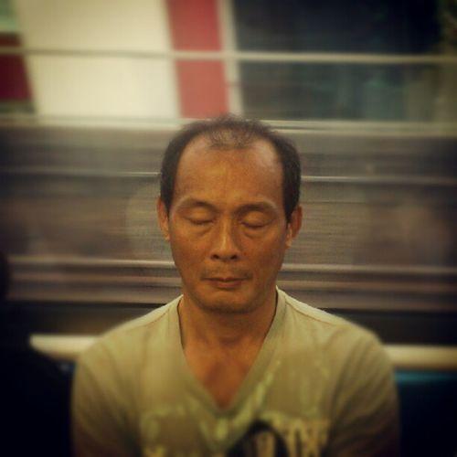 Quick nap on the train. Train Happenings Mobilephotography Smrtsg SMRT