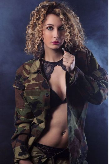 Beautiful Woman Beauty Curly Hair Italy Model Photography Beautiful People Deborah Blond Hair Italiangirl Sensualgirl Sensual 💕 Sensual_photo Sensualità Sensualityitalian Sensuality Photo Photomarcof Military Fashion Model Make-up Hair Fashion Fotografia Ritratto