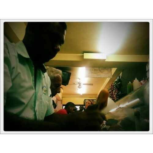 Igersaltosmirandinos Igerscaracas Igersmiranda Igworldcup_award streetphotography color storytelling fotoperiodismo reportaje reportage journalism retrato portrait people gente color bw instagood creative artsy streetphotovenezuela ig_venezuela ig_valencia ig_carabobo superb_shots