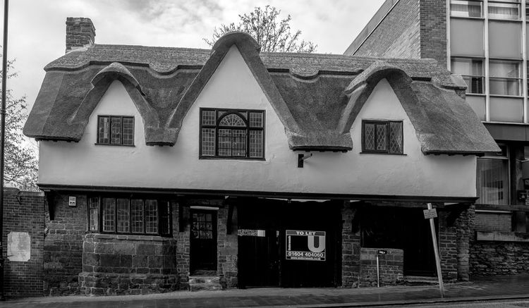Thatch, Sheep Street, Wellingborough, Northamptonshire Architecture Monochrome Photography Northamptonshire Monochrome Town FUJIFILM X-T2 Urban Black And White Wellingborough Street