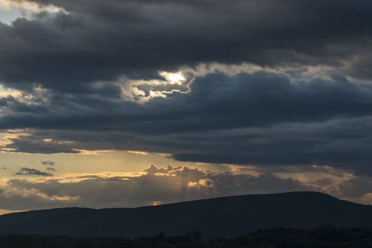 Photos I've captured in the Berkshires, Ma, USA. 2018 was my first year of shooting with a DSLR. I couldn't do wrong in New England. Such a beautiful place. Cloud - Sky Sky Beauty In Nature Scenics - Nature Tranquil Scene Sunset Tranquility Mountain Nature Silhouette Environment No People Non-urban Scene Idyllic Overcast Landscape Dramatic Sky Storm Outdoors Ominous Kevin Giambertone EyeEmNewHere