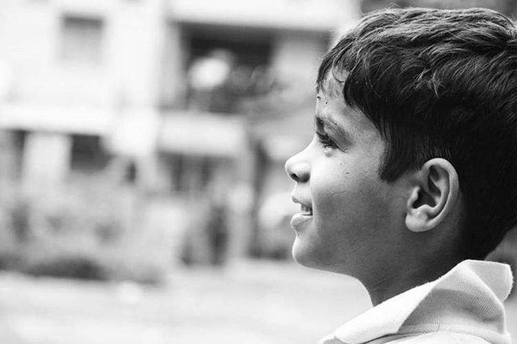 Every Smile can make world more beautiful. Tags : Photography Instagram Instagood Instalike Instapic Doubletap India Blackandwhite Blacknwhite Inkwell VSCO Vscocam Vscophoto Canon Canonphotos Canon_photos Canonphotography Canonphoto Instacanon Canongram Vscophotos Vscophotography Candid Kid Smile innocentsmile children smilingface