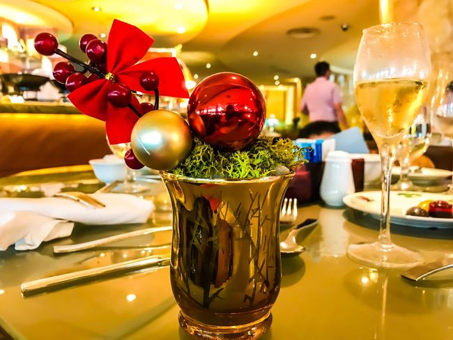 Fullerton Hotel Singapore Christmas Christmas Decoration Illuminated Drink Alcohol Wineglass Food Day