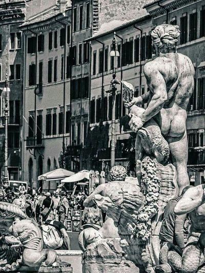 Roma Piazza Navona Piazza Navona PiazzaNavona Arte Arteurbano Arte Urbano  Arteurbana Arte Corporal Statue