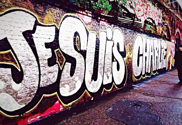 Je suis Charlie ! Jesuischarlie Charliehebdo Tag Mur Drame ✏️? First Eyeem Photo