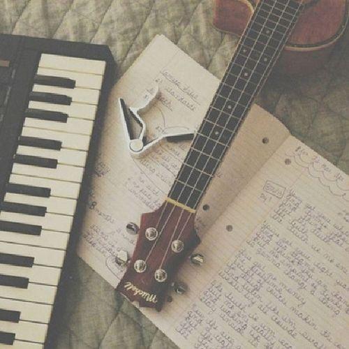 Nós somos a música. Deus é o maestro.
