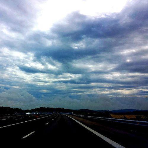Lätta moln på himlen idag;) Himmel E6 Halmstad Halland