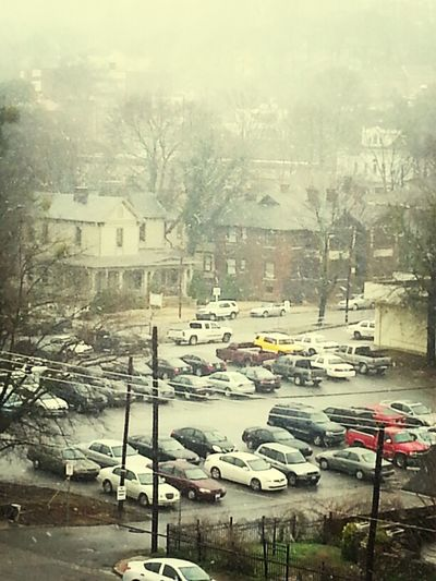 its freaking snowing!!!