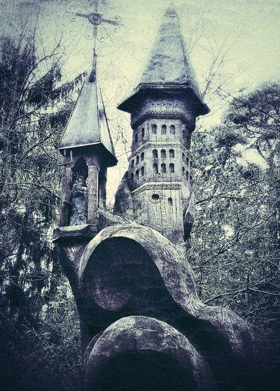 Castle on Wood