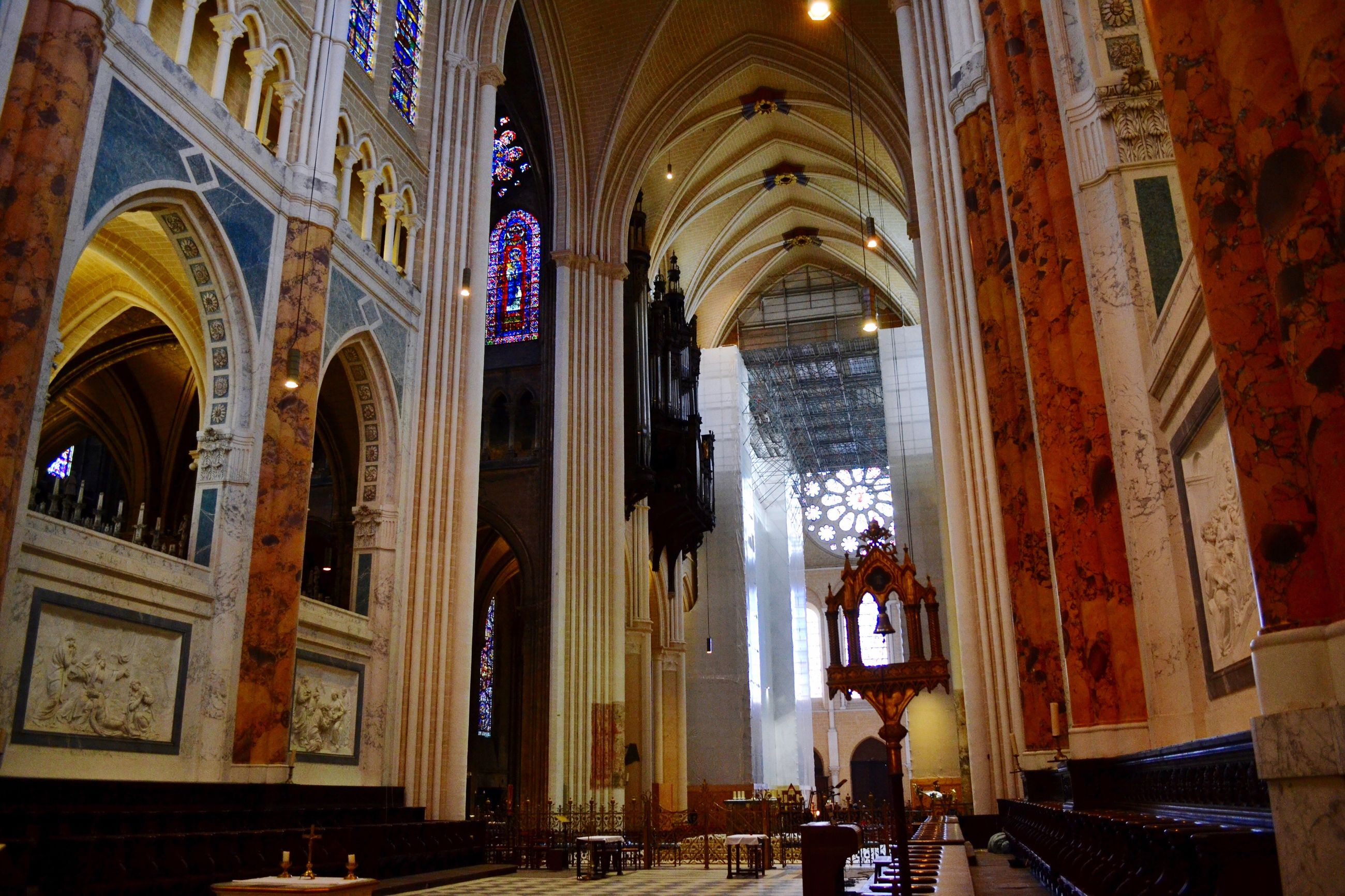 indoors, architecture, arch, built structure, place of worship, religion, church, spirituality, cathedral, famous place, architectural column, interior, history, travel destinations, tourism, travel, building exterior, incidental people