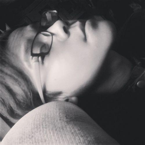 Pengen tidur y. Capek! Today IMA Sleepy Zzz bangerz cool selfie face ladygaga katyperry mileycyrus