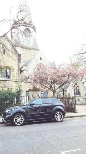 Rangerover Rangeroverevoque Evoque Church Church Architecture London Church So Brith Spring Is Here Lol So British SUV Land Vehicle London Luxurylifestyle  Britishstyle British Car