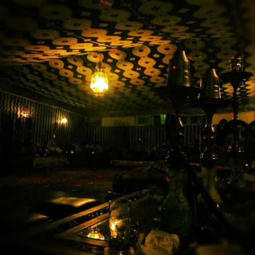 Schwarz Shishaa Shishalove Shisha Shishaaa Shishas ShishaLounge Shishabar Shishan Shishatime Decke Lampen Licht Laterne Gelb Blau Nacht
