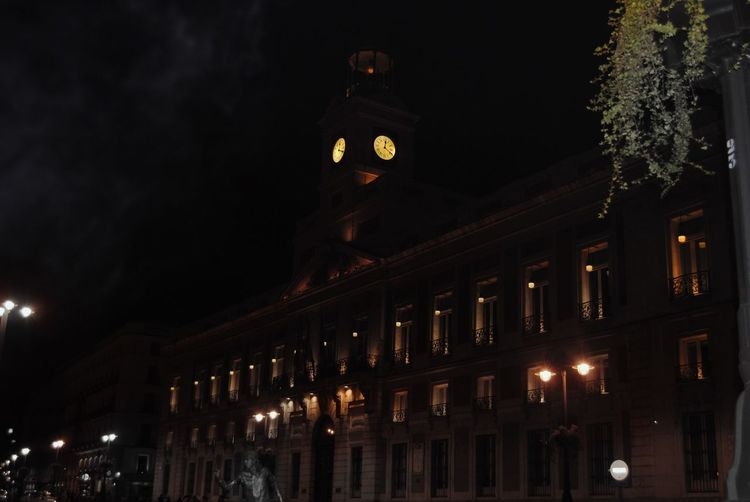 A scary night in Madrid Night Madrid Scary Dark Light And Shadow Clock Tower