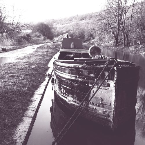 Heart of Gold Heartofgold Narrowboat Workingboat Working Boat Work Boat Workboat Iron Hull Canal Boatlife Boat Life Historic Narrowboat Historic Boat Kennet And Avon Canal Winter Canal Life Storm Stormy Weather Morning Bathampton