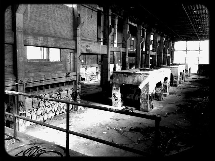 Lurking in Abandoned Places with Graffiti