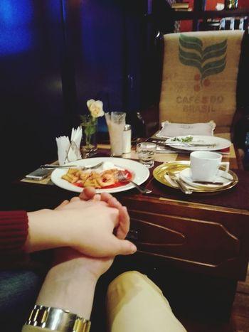 заехали на кофе с мороженым кофейня ресторан  кофе мороженое омск сибирь тинто