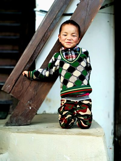 smile Bhutanese Innocence Bythestaircase Child Childhood Smiling Full Length Baby Children Only Happiness Cute Cheerful Toddler  Looking At Camera One Person Fun EyeEm Ready   EyeEmNewHere