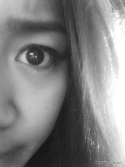 """Updating profile. :) Goodmorning. :"""") Selfie ✌ B&W✨ Eye(: That's Me"""