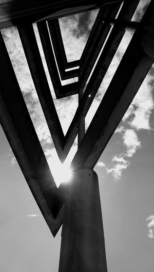 Cloud - Sky Architecture Architectural Column Black And White Sun Cloud Sky Symetrical Colonnade #urbanana: The Urban Playground
