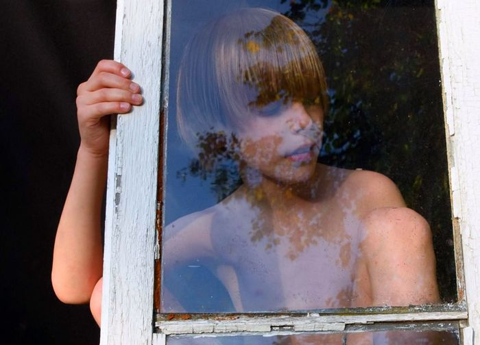 Window Boy Summer Reflections Dreaming Calmness Thoughtful Posing Elementary Age Reflections In The Glass Windows Old Window Human Hand Human Face Shirtless Window Frame Capture Tomorrow