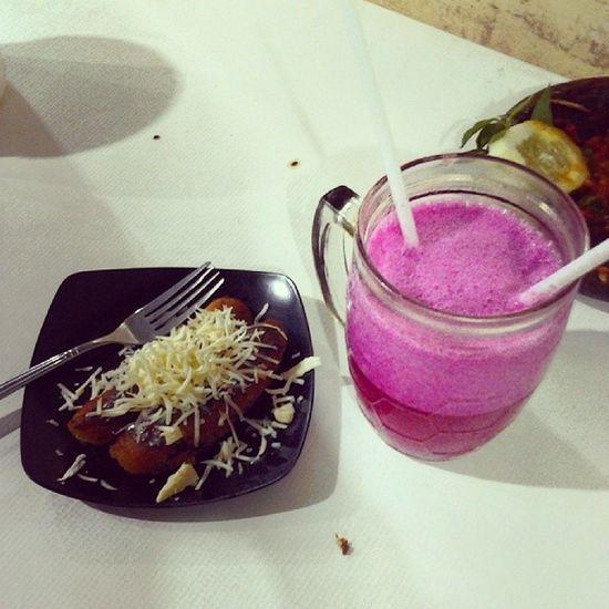 Buahnaga Mix Strawberry Juice pisanggoreng choco cheese yummy instafood foodstagram