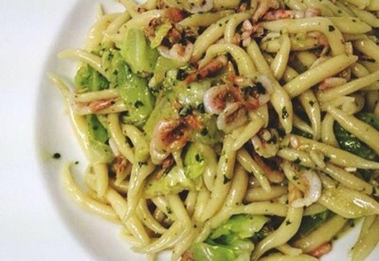 Enjoying A Meal Foodporn Pasta Trofie Sakura Gamberetti Cavolo