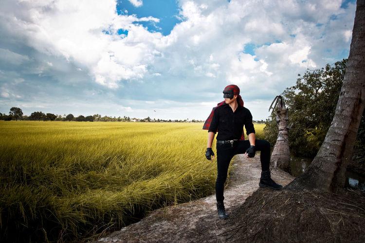 """""""Sticky Rice Man"""" Photo by Rattapol Sirijirasuk. Cloud - Sky Farmer Farmerhero HERO Outdoors People And Places People And Places. Sticky Rice Man Stickyrice Thailand Thailand Hero Thailand's Hero"""
