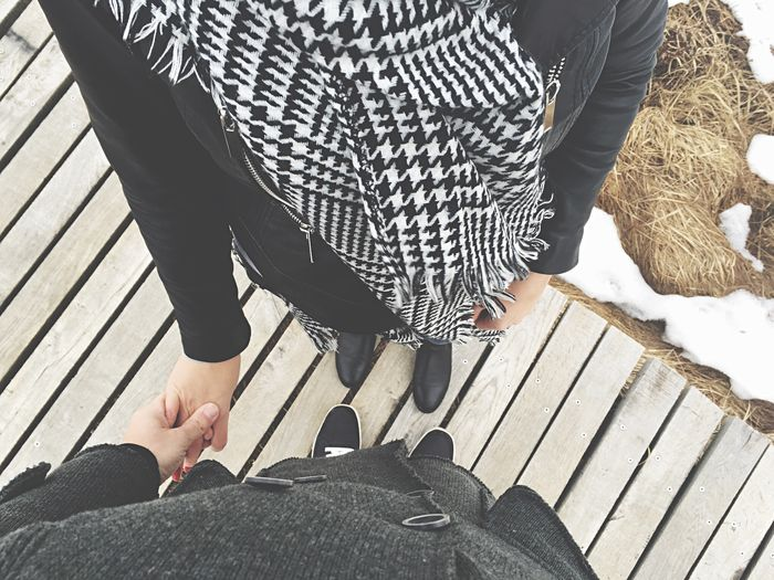 Low Section Human Leg Two People Day Human Body Part High Angle View Human Foot Adults Only Leisure Activity Casual Clothing Adult Shoe Lifestyles Holding Love Couple Togetherness Together Walking Walkway Hohes Venn Couple - Relationship Couples Shoot