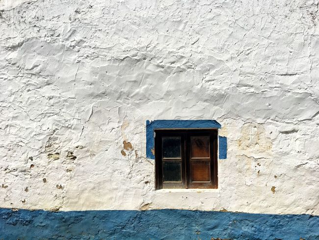 Just a little window / Architecture Built Structure Window Wall - Building Feature Building Exterior No People Day Whitewashed Sunlight Outdoors Close-up Blue Line Blue