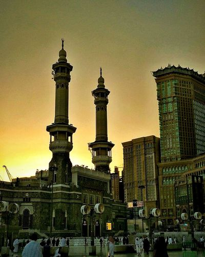 Travel Destinations Architecture History Masjid Al-Haram المسجد الحرام Islam Islamic Architecture Masjidilharam Mecca Saudi Arabia Building Exterior The Week On EyeEm Silhouette Sunset Sky Outdoors Travel City