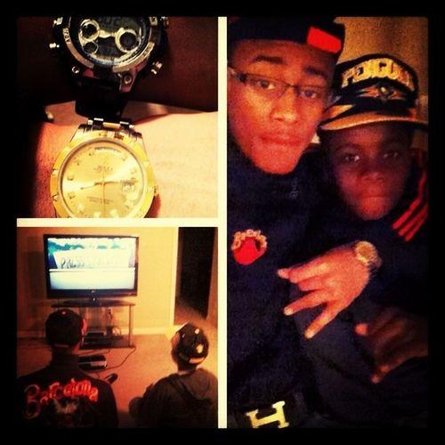 Smoovin With Lil Bro