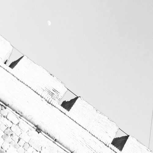 Moonwall Blackandwhite Blackandwhitephotography Bnw_maniac Bnwlife Bnwlovers Bnw Monochrome Mono