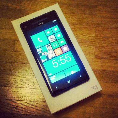 One fact lasts forever, the best stuff is still arriving in white boxes! ;-) #HTC #WindowsPhone8 #HTC8X HTC Windowsphone8 Htc8x