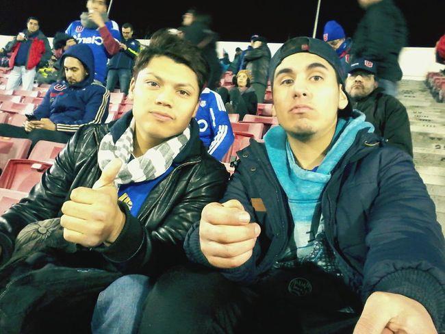 Hay con el amigo viendo a la gloriosa u de chile 😆😆 Lo Prado Like Chile Likeforlike Followforfollow Like4like Santiago De Chile Eyeemlike  Eyeemchile Soccer