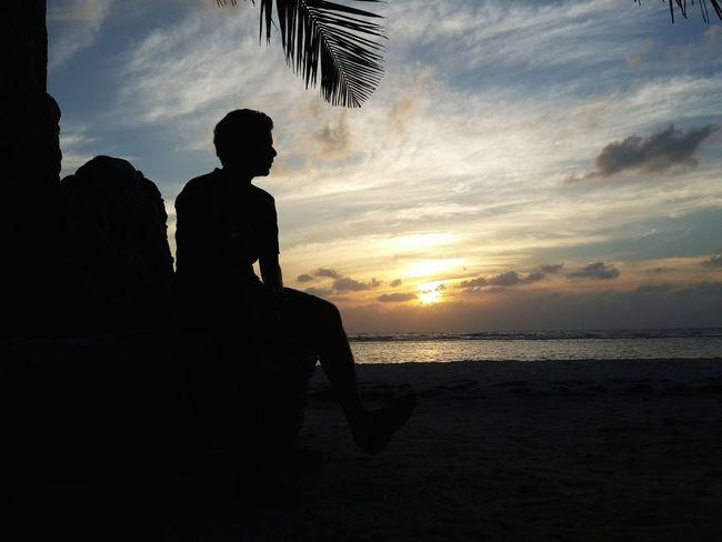 Todayssunrise Beachview Maldivesstyle WhiteSandBeach NaturalBeauty Withmyhusband Lifeisrock BeautifulSunRise Sunshine Shadows Goodmoments Goodmornig Welcome To Black