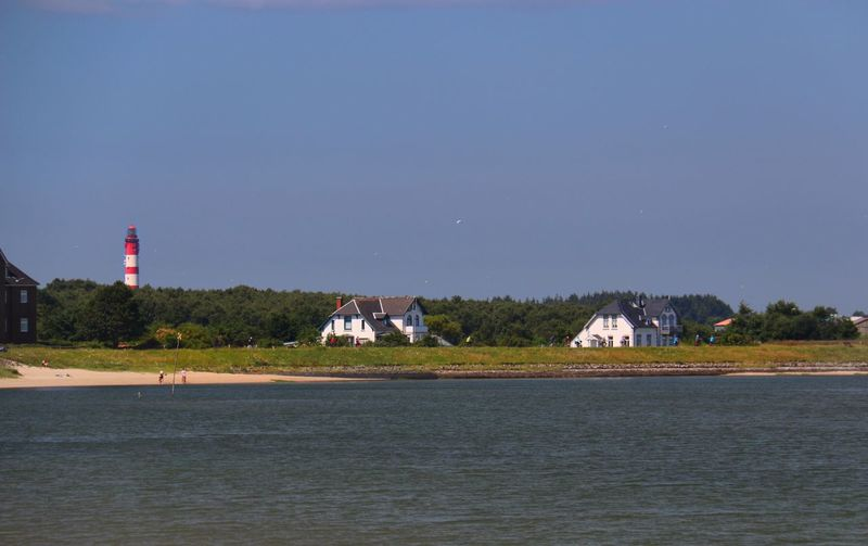 Amrum Leuchtturm Strand Friesenhäuser Sommerwetter Check This Out Taking Photos Enjoying Life Relaxing Lighthouse Amrum Beach Frisian Houses Architecture