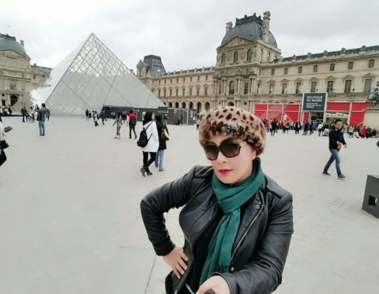 Picturing Individuality Check This Out Taking Photos Enjoying Life For My Own Photo Journal Paris Musée Du Louvre Fashion&love&beauty Eyemphotography Having A Good Time