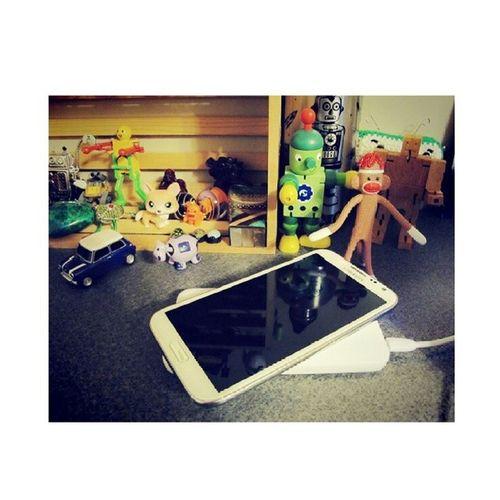 開始想念我的手機了 它還在泰國度假@@ My Phone Miss Tilland lollll
