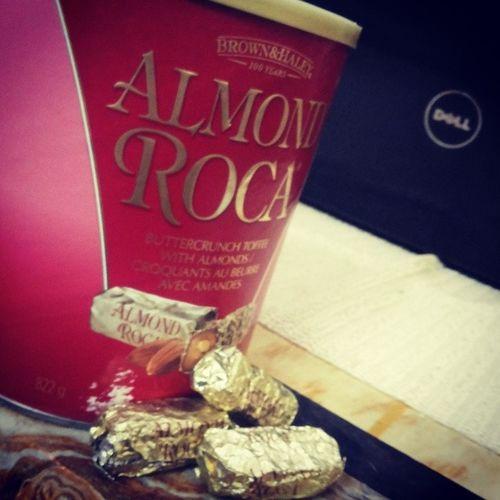 Almondroca Chrunchytoffies