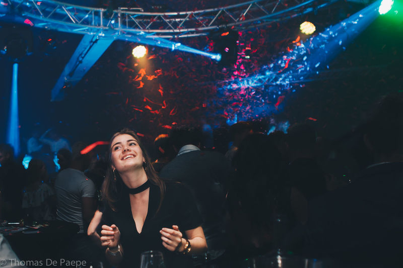 Arts Culture And Entertainment Crowd Enjoyment Fun Indoors  Large Group Of People Lifestyles Music Night Nightclub Nightlife Performance Real People Women Young Adult