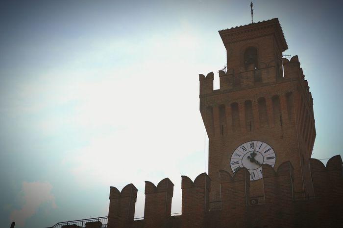 Sky History Tower Architecture Outdoors No People Castel San Pietro Bologna Emiliaromagna Nikon D5200
