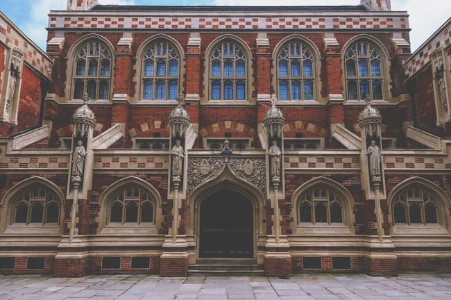 Beautiful gothic building England Cambridge Vintage Retro Architecture Built Structure Building Exterior Arch Building Day History The Past Entrance Art And Craft Outdoors Architectural Column Window City Façade No People